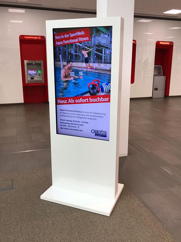 Digital-Signage - das skalierbare Schaufenster - Werbedisplay - Referenz Schwimmbad Olantis