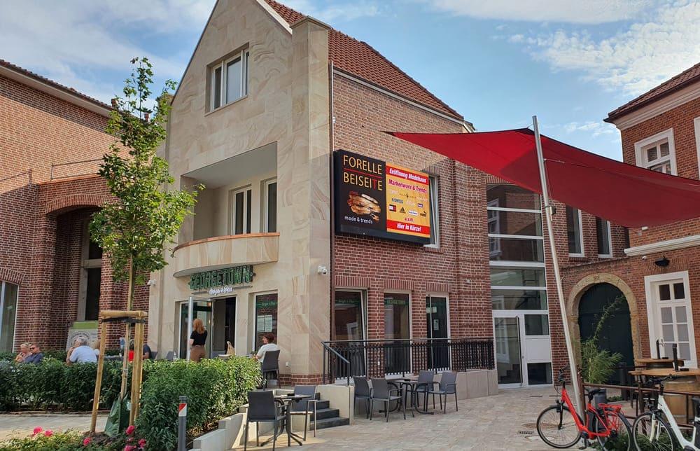 Digital-Signage - das skalierbare Schaufenster - Referenz Onkel Otto in Ankum